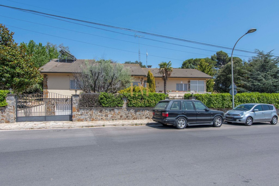 Can Regasol, 5 Bedrooms Bedrooms, ,3 BathroomsBathrooms,Casa,Compra,Can Regasol,1037