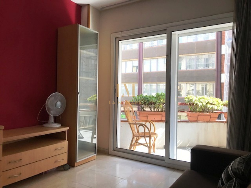 Valencia, Eixample, 4 Bedrooms Bedrooms, ,2 BathroomsBathrooms,Piso,Compra,Valencia,1,1040